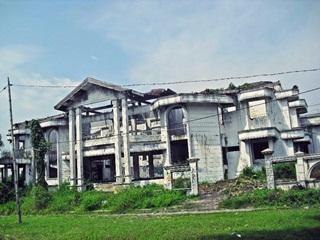 7 Rumah Terangker Di Indonesia