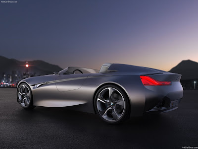 performance of cars: 2011 BMW ConnectedDrive Concept
