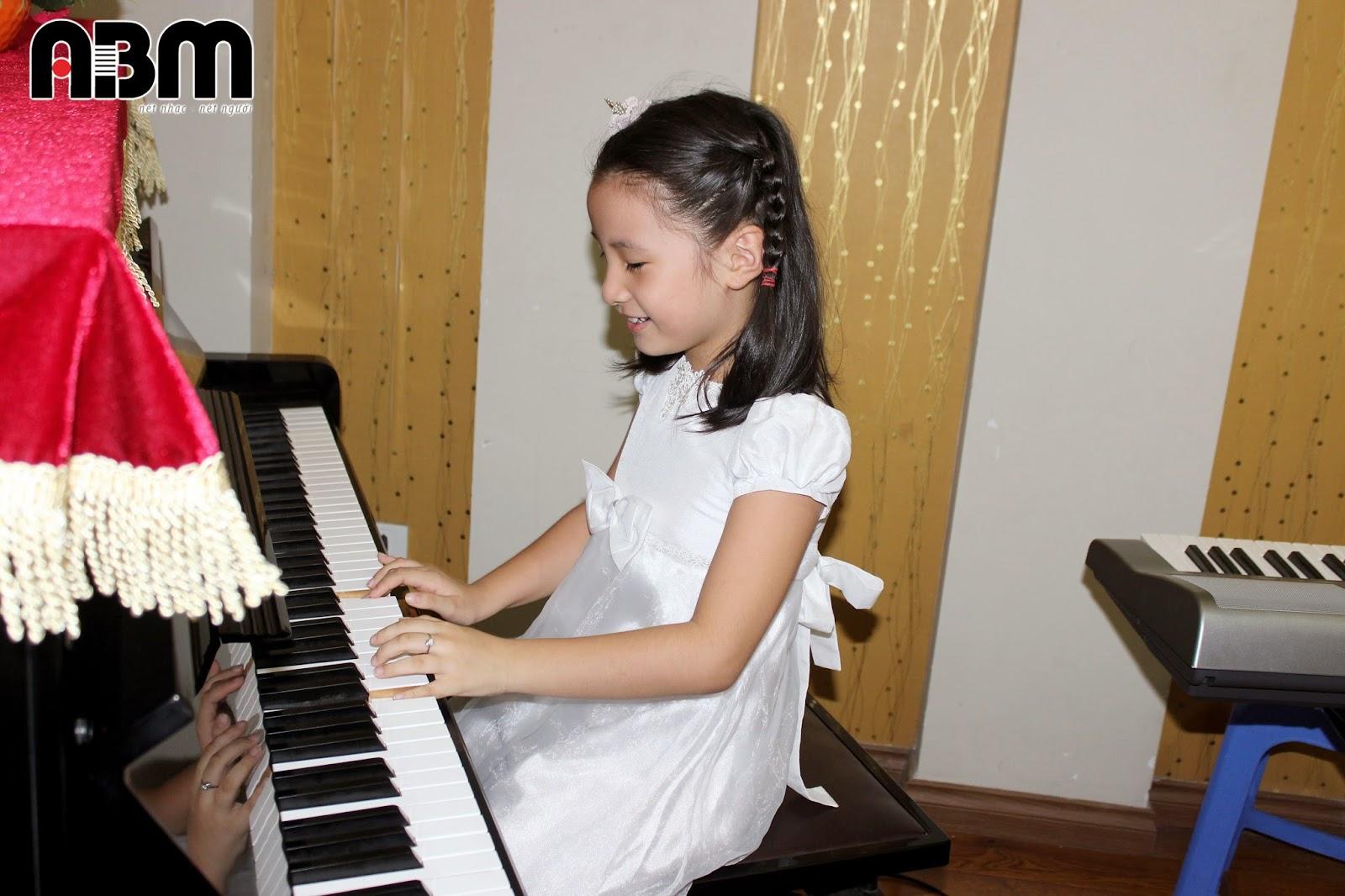 h%E1%BB%8Dc%2Borgan%2Bt%E1%BA%A1i%2Bh%C3%A0%2Bn%E1%BB%99i%2B(4) Khóa học Piano tại ABM Music