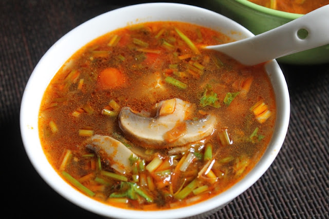 Thai Tom Yum Soup Recipe - Veg Tom Yum Soup Recipe