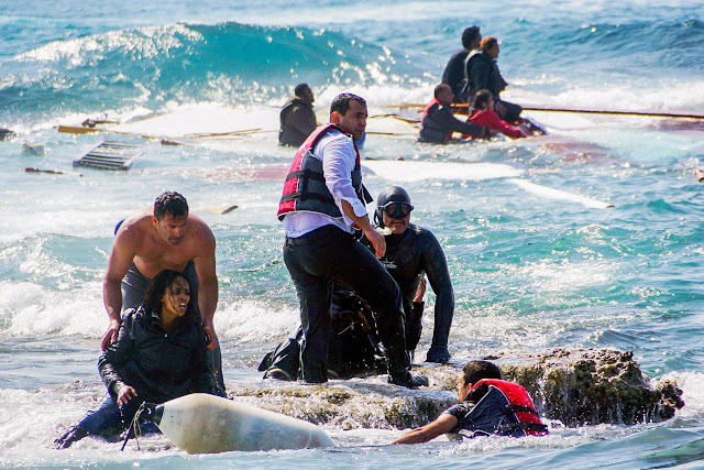 Migrants trying to reach Greece