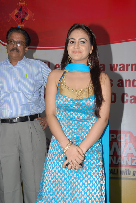 aksha at pch bumper draw event, aksha