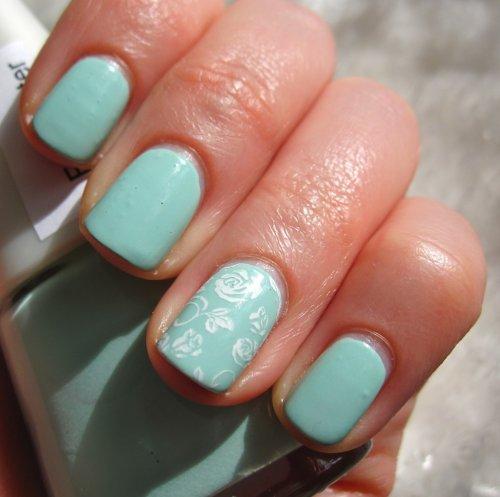 Nails reloaded nageldesign rosen mit frozen green - Nageldesign zum selber machen mit nagellack ...