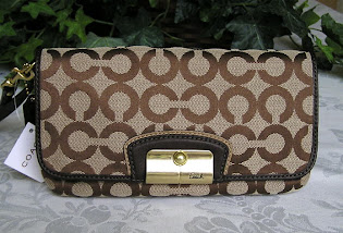 Ready Stock Coach Kristin Wristlet 43734 Khaki Mahogany