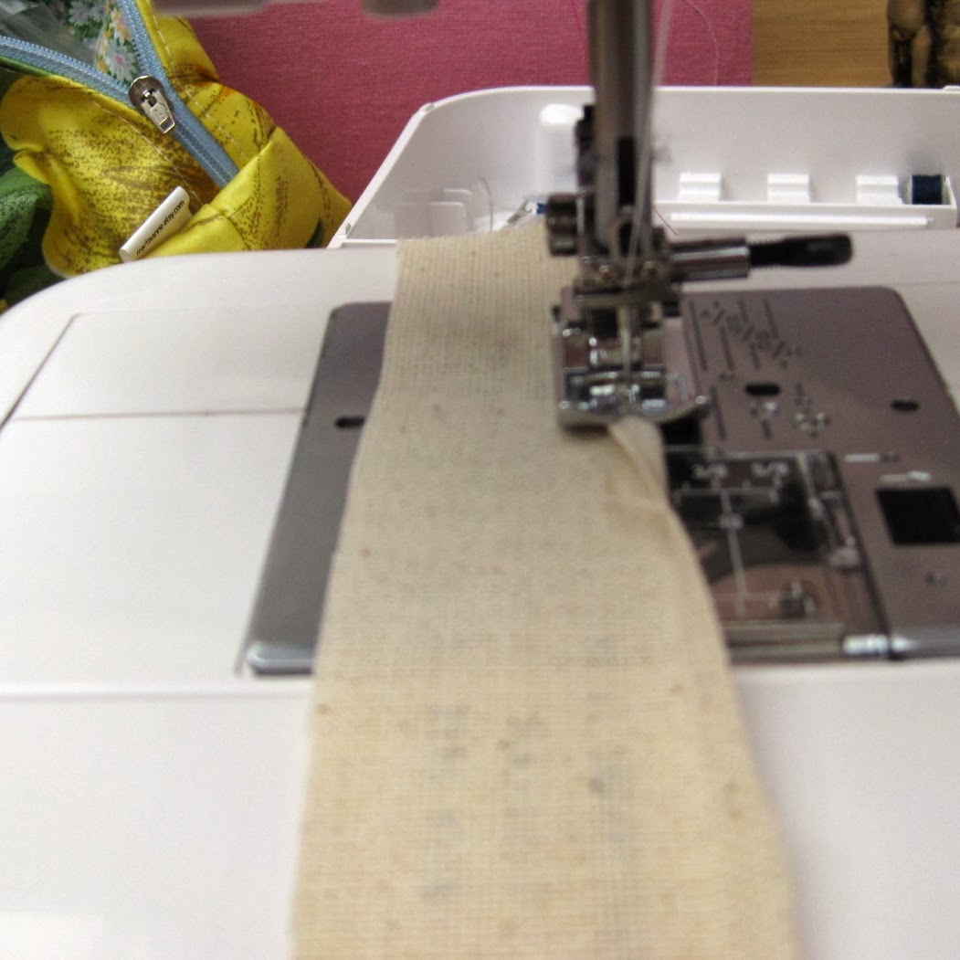 sewing label hem