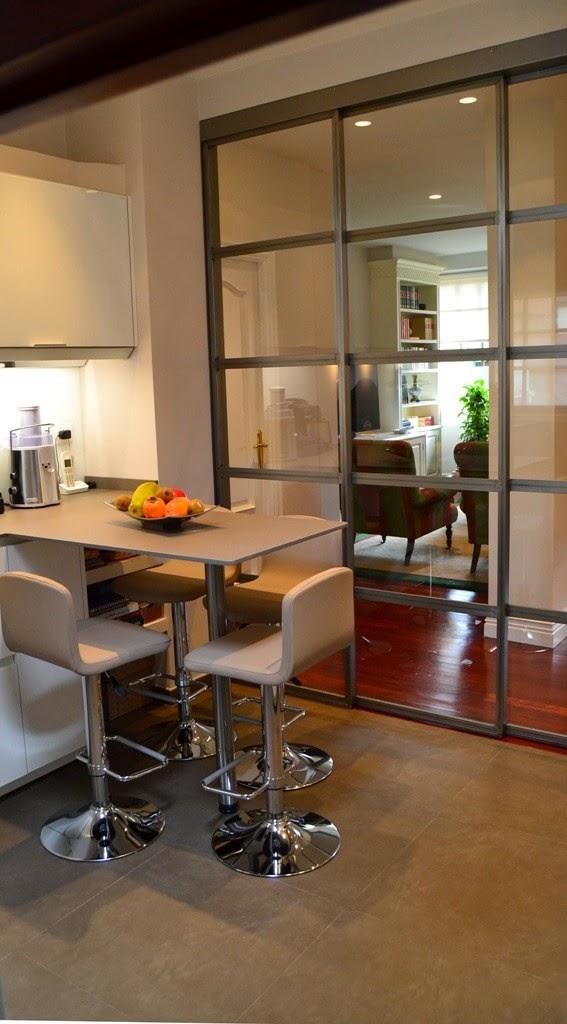La cocina semiabierta una ventajosa elecci n cocinas for Separacion cocina salon
