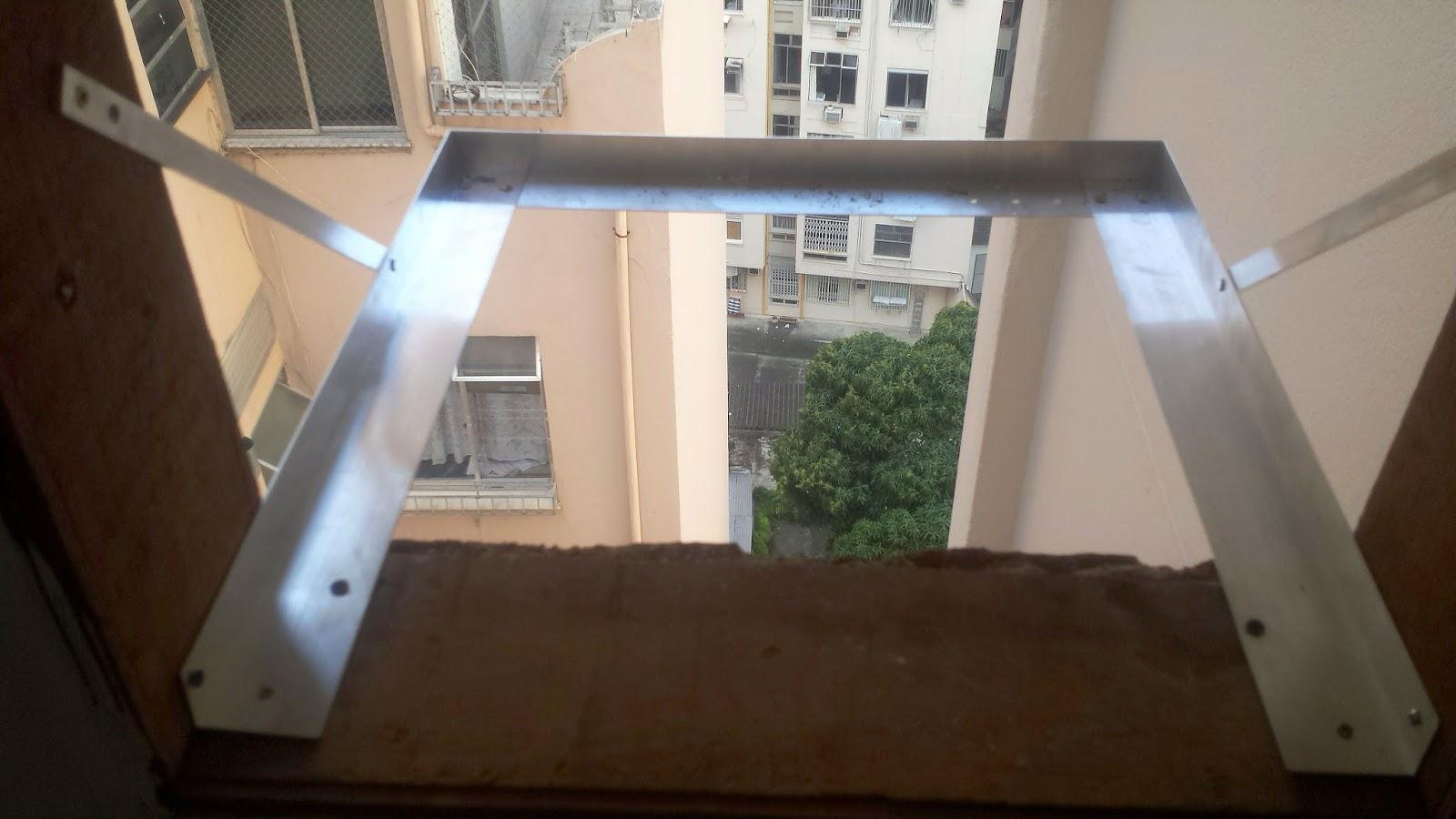 #3D648E Dicas do Gilson Eletricista: Um ar condicionado de janela pode ficar  1456 Suporte Ar Condicionado Janela Aluminio