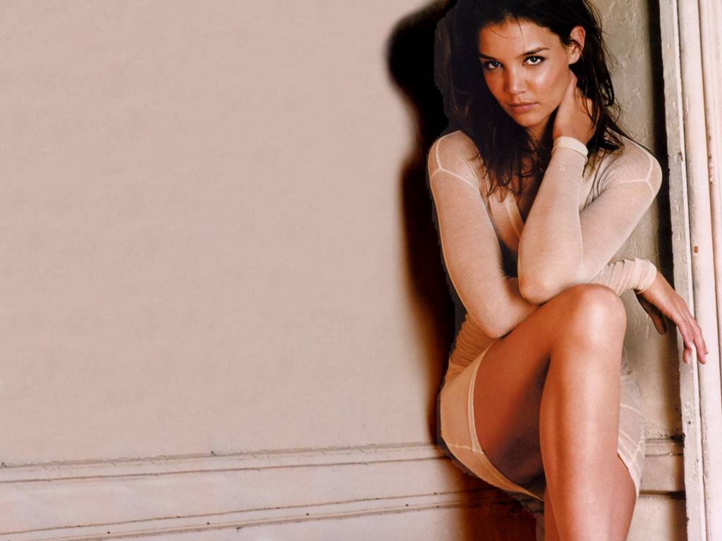 Sexy Hollywood Stars Picture Collections: Fashionable and Sexy Katie Holmes