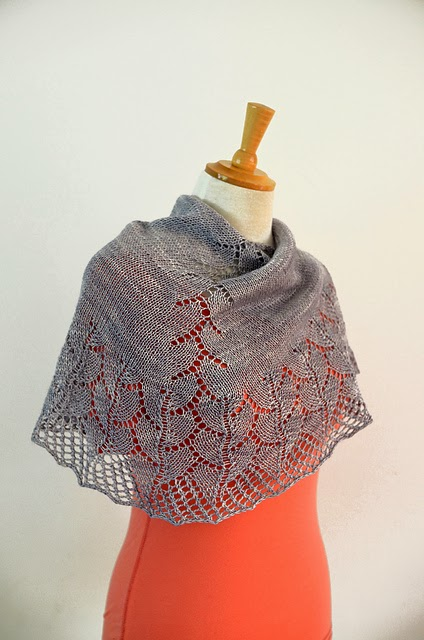 Cove Bay shawl pattern by Katya Frankel