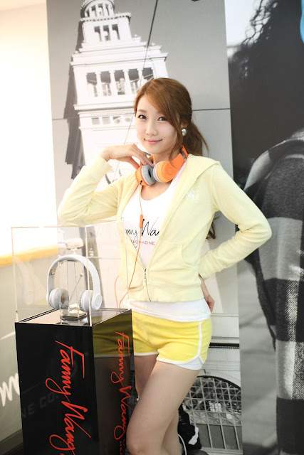 3 Go Jung Ah for Fanny Wang Headphone-very cute asian girl-girlcute4u.blogspot.com