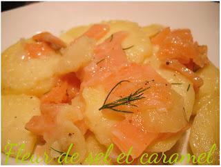 Salade de pommes de terre tiède au saumon fumé
