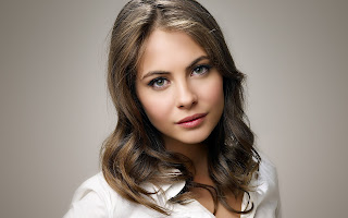 Willa Holland Wallpapes Free Download