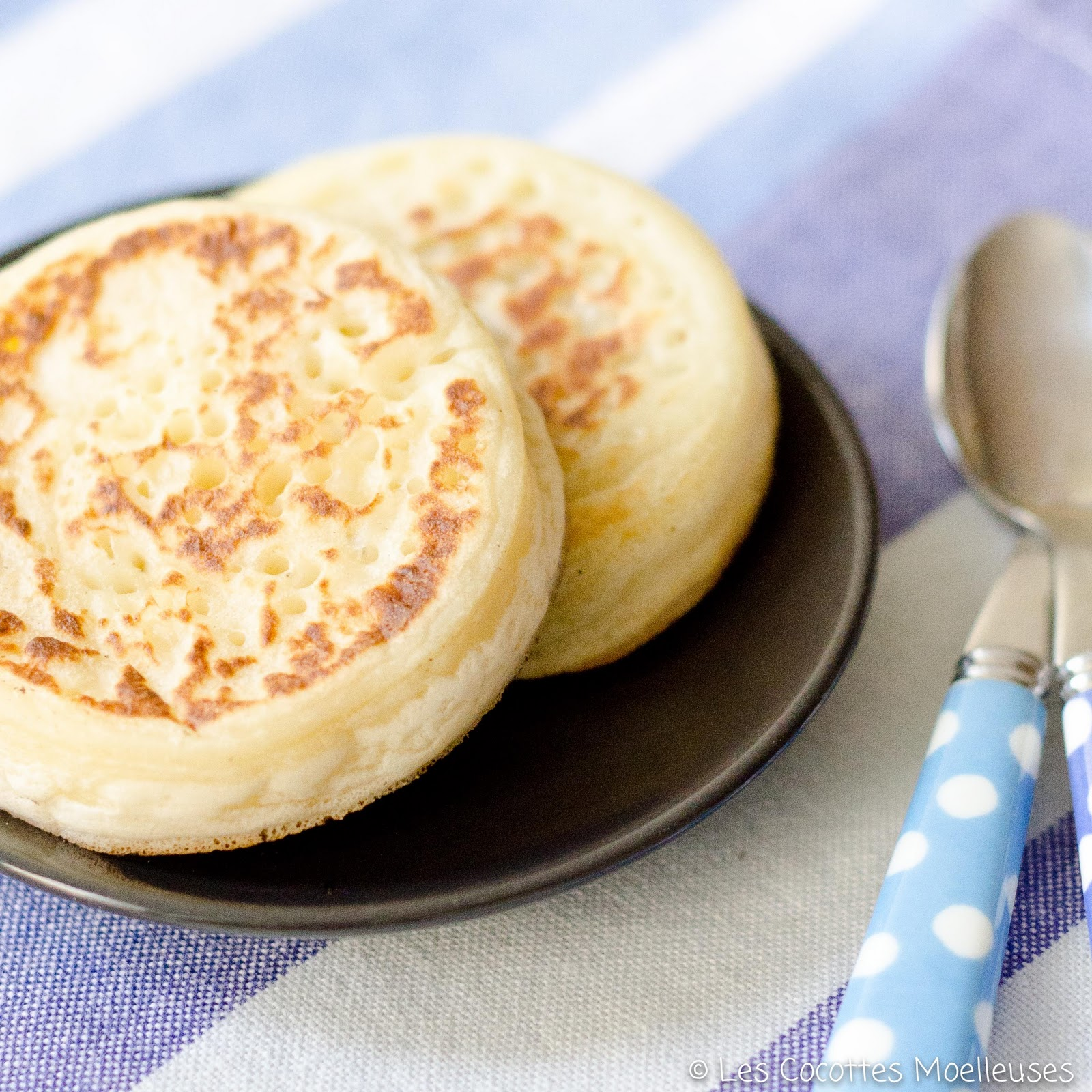 crumpets a traditional crumpets 180 1 jpg a buttered crumpet crumpets ...