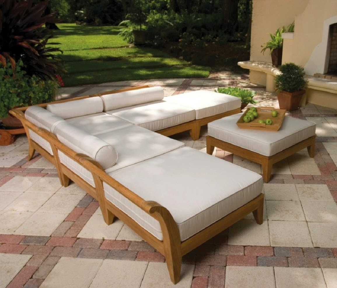 Elegant Wood Patio Furniture With Large Cushions