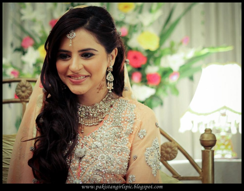 India Girls Hot Photos: wedding pics of fatima effendi
