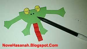 cara membuat kerajinan tangan anak berbentuk kodok dari kertas bekas