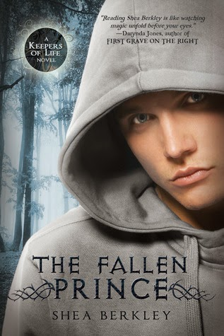 https://www.goodreads.com/book/show/15814919-the-fallen-prince