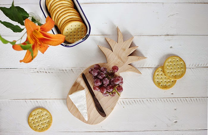 Pineapple Cutting Board - Poppytalk