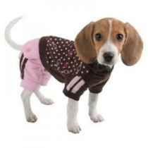 Oblečky pro psy jsou fajn.