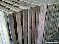 Compostador cogiendo forma, carpinteria madera, enredandonogaraxe.com