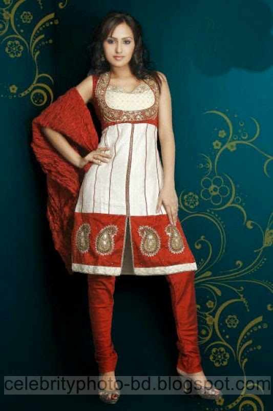 Unique%2BFantastic%2BDesign%2Bof%2BSalowar%2BKameez%2BFor%2BGirls%2BEid%2BFashion%2B2014006
