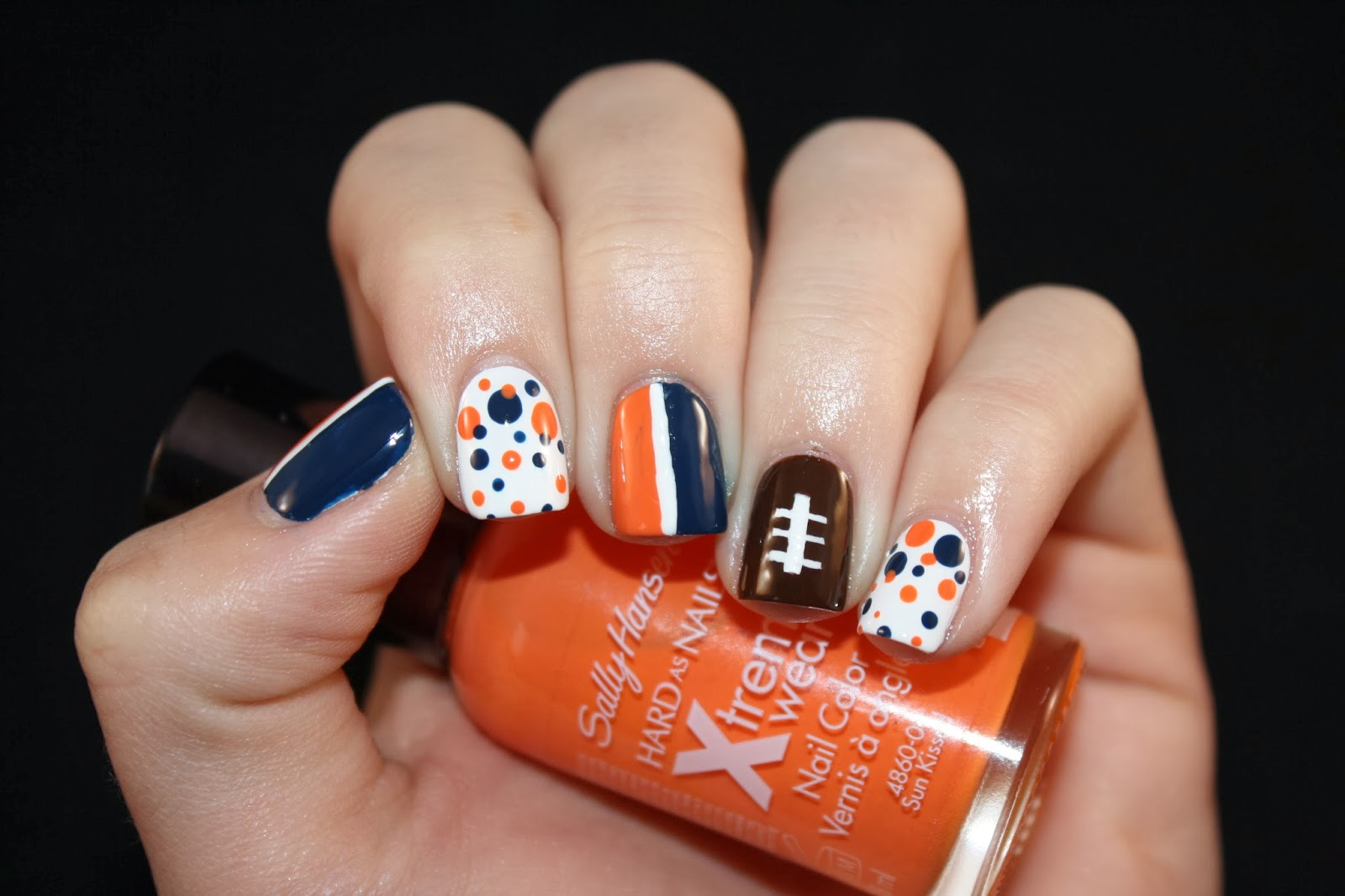 Lacquered with love super bowl sunday broncos nails i have recently been loving dotted gradients so i decided to do one on my pinkie and pointer fingers for my middle finger and thumb i did orange on one prinsesfo Gallery