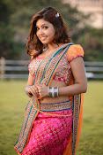 Komal Jha latest dazzling photos gallery-thumbnail-2