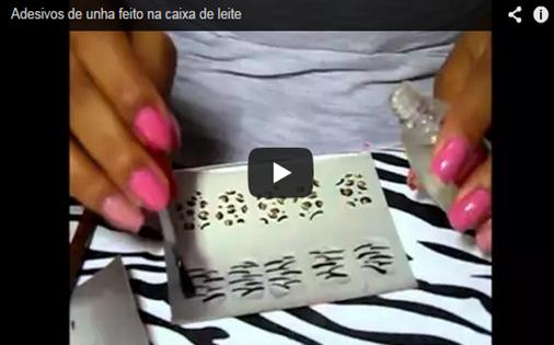 Vídeo ensinando a fazer adesivos de unhas com caixa de leite