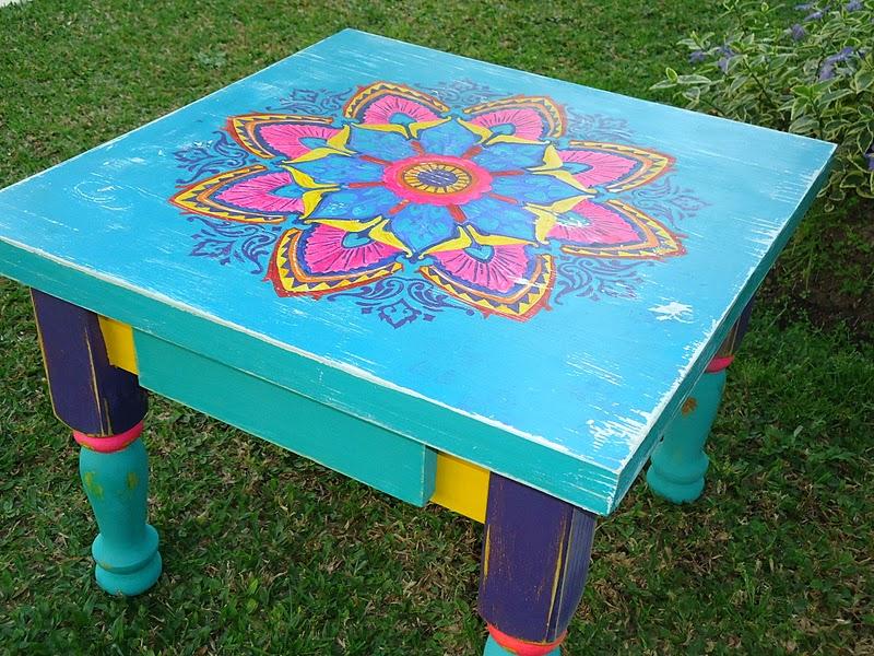 Mesa estilo campo con flores pintadas mano shabby chic - Mesa shabby chic ...