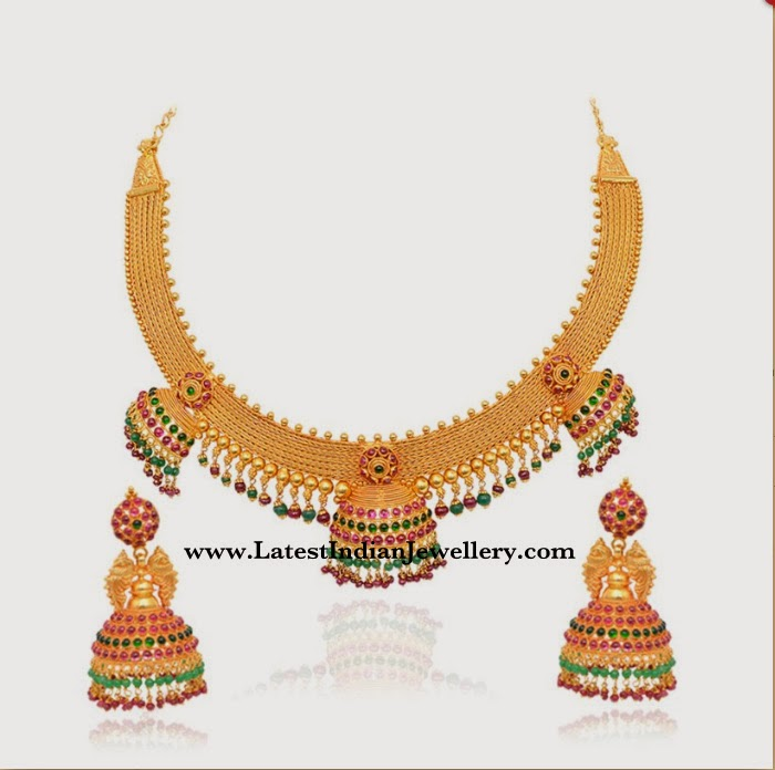 temple necklace with jhumkas