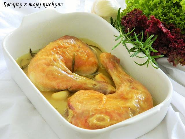 Kurča pečené na víne, cesnaku a rozmaríne