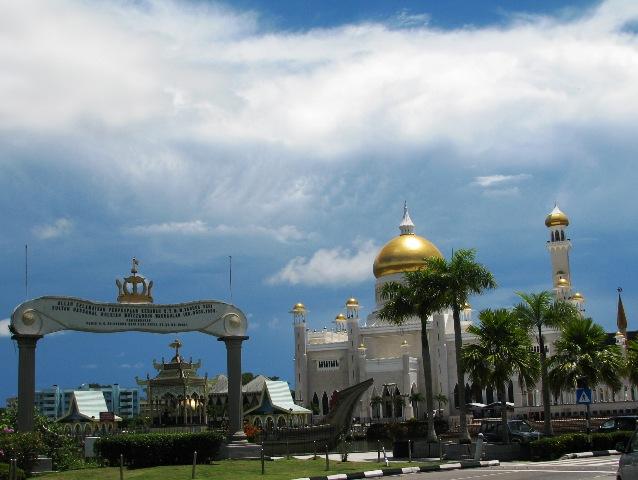 The Masjid Omar Ali Saifuddien Mosque
