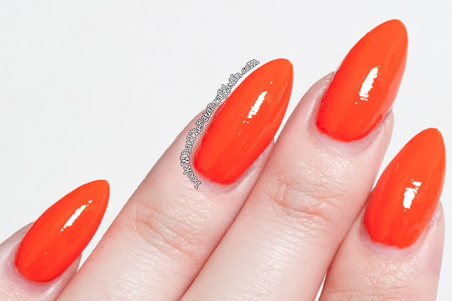 Kleancolor Tangerine Burst nail polish swatch
