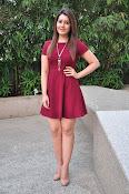Rashi Khanna latest sizzling pics-thumbnail-10