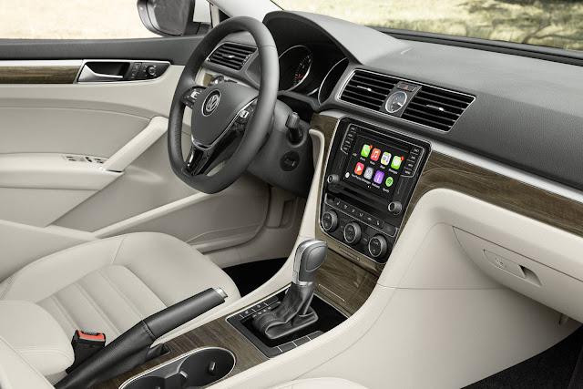 VW Passat SEL 2016 V6 - interior