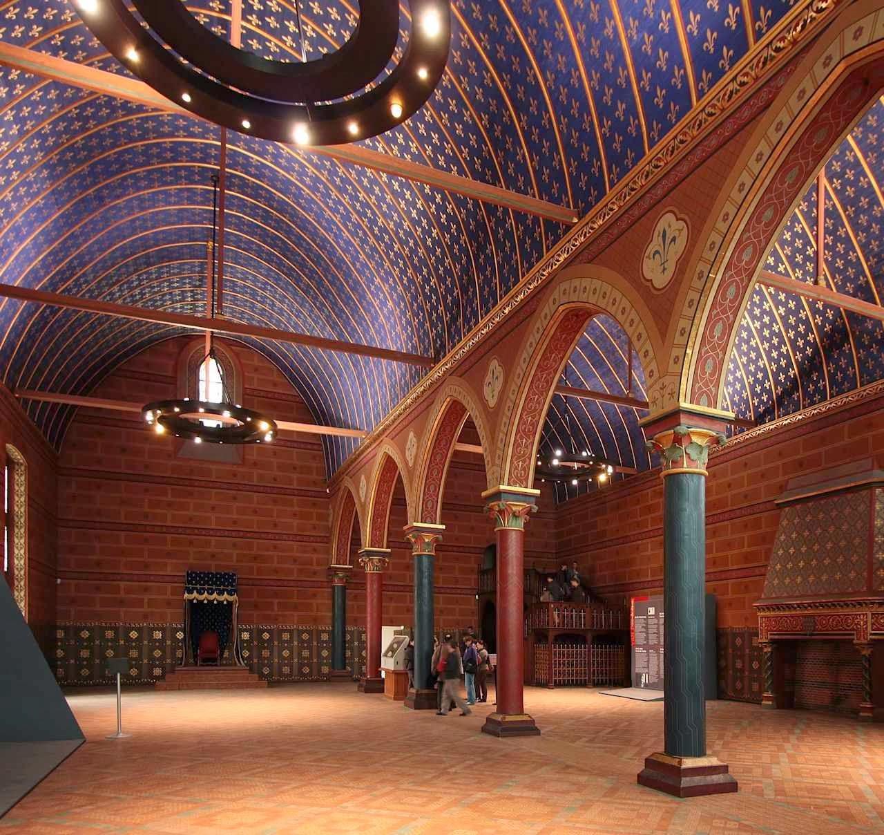 Sala dos Estados é a mais antiga sala gótica da França