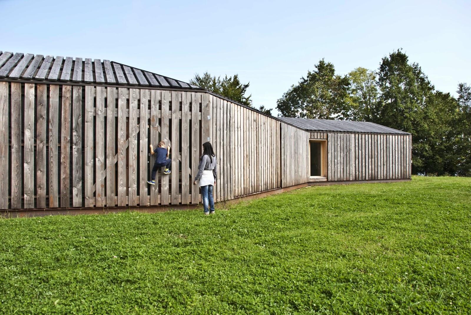 Casa passiva lineare xlam studio di architettura a for Piani di casa passivi