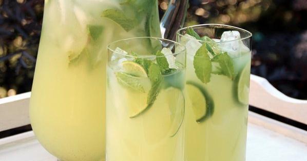 Delicious drink recipes vodka mint lemonade recipe for Delicious drink recipes with vodka