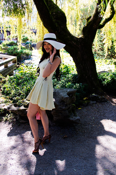 vintage yellow dress, white wide brim hat, chanel purse, outfit, style
