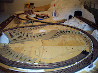 Cardboard strips to support hard shell terrain