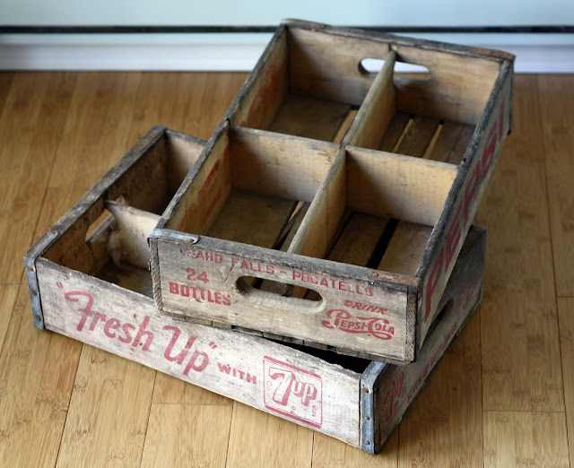 Running with scissors vintage soda crates for Uses for old wooden crates