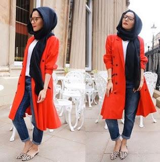 Foto Baju Muslim dan Jin Biru Tua Trend Busana Tahun 2016 Muslimah