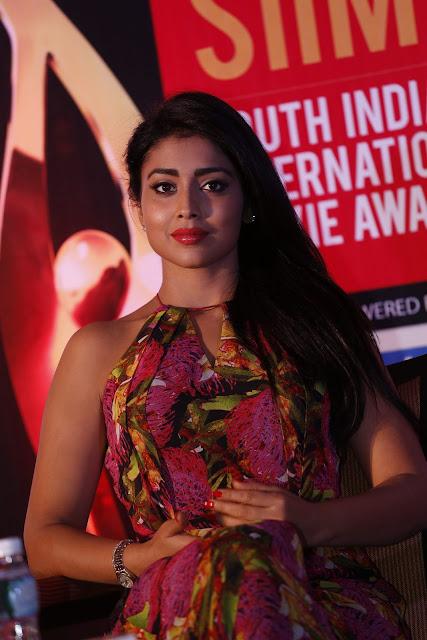 Shriya Saran Latest HD images | Siima Awards
