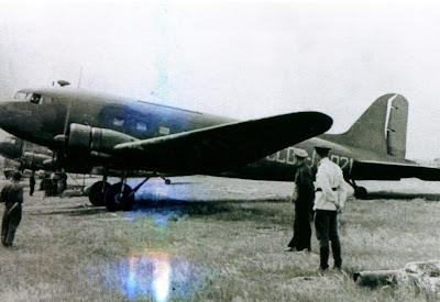 Один из многих Ли-2 фото
