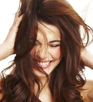 ... de Belleza: Unifica el tono de tu pelo: Aplicate un Baño de Color