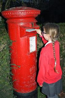 Silent-Sunday-postbox-Christmas-cards-daughter
