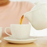 Ceaiuri care ajuta in digestie si balonare