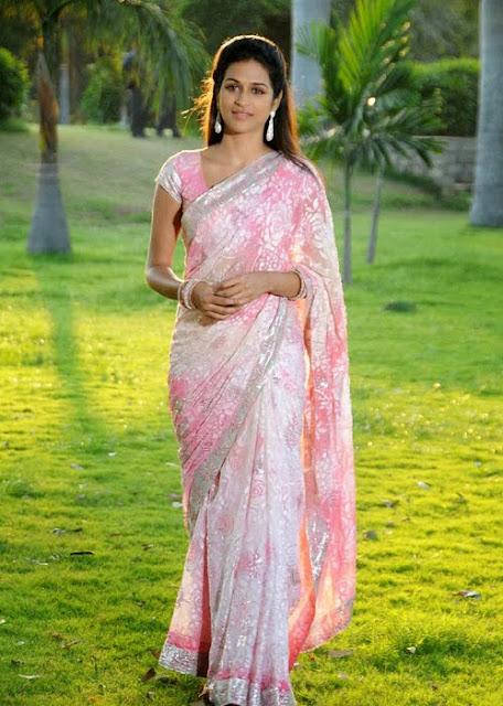 Shraddha Das In Pink Saree