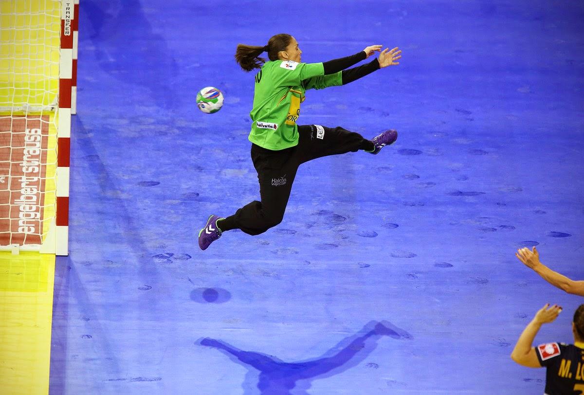 BALONMANO (Europeo femenino 2014) - Silvia Navarro detuvo a las montenegrinas