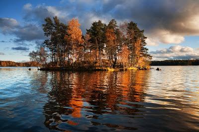 أجمل وأفضل الصور, جزيرة Okunev في بحيرة Vuoksa,